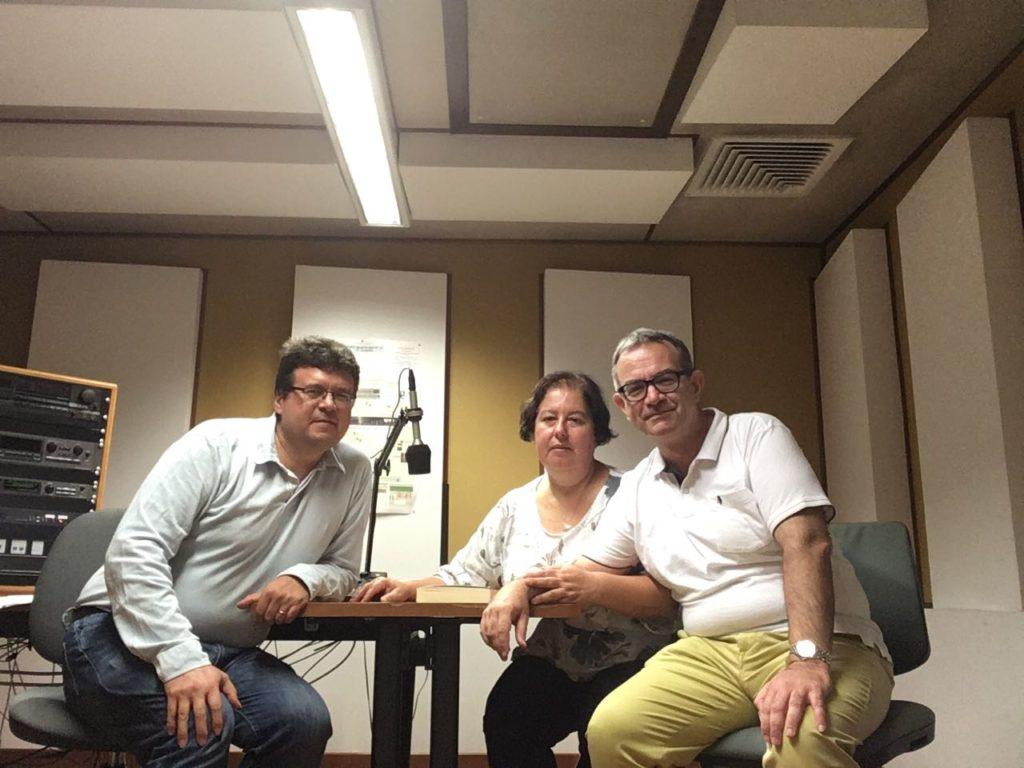 Anna Trombetta e Luca Bianchini con Luigi Picardi a Radio Vaticana