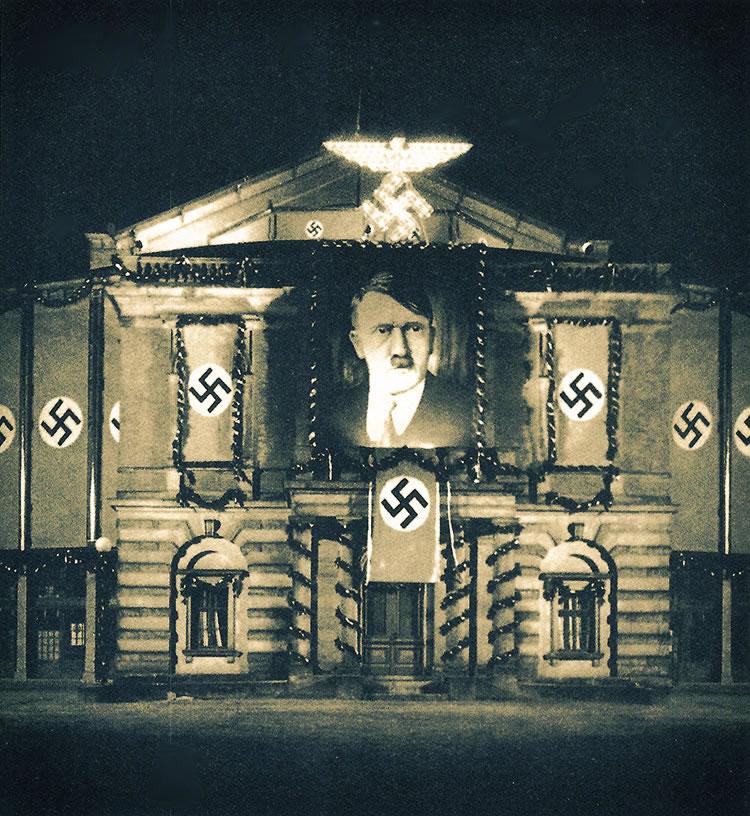 Wagner e il razzismo, Bayreuth decorato per esaltare Hitler-1939