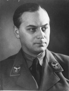 Alfred Rosenberg in una foto d'archivio militare
